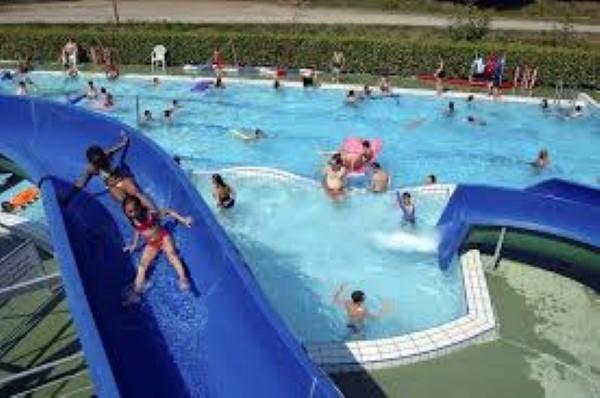 piscine 10 600